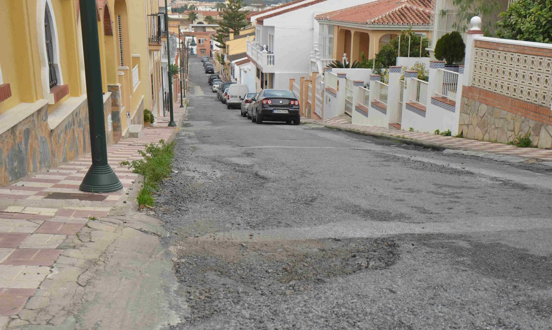 El Ayuntamiento inicia un plan de asfaltado para más de una veintena de calles de la localidad