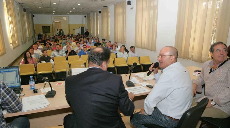 La Diputación llevará a más de 3.000 aficionados de la provincia a los partidos del Unicaja