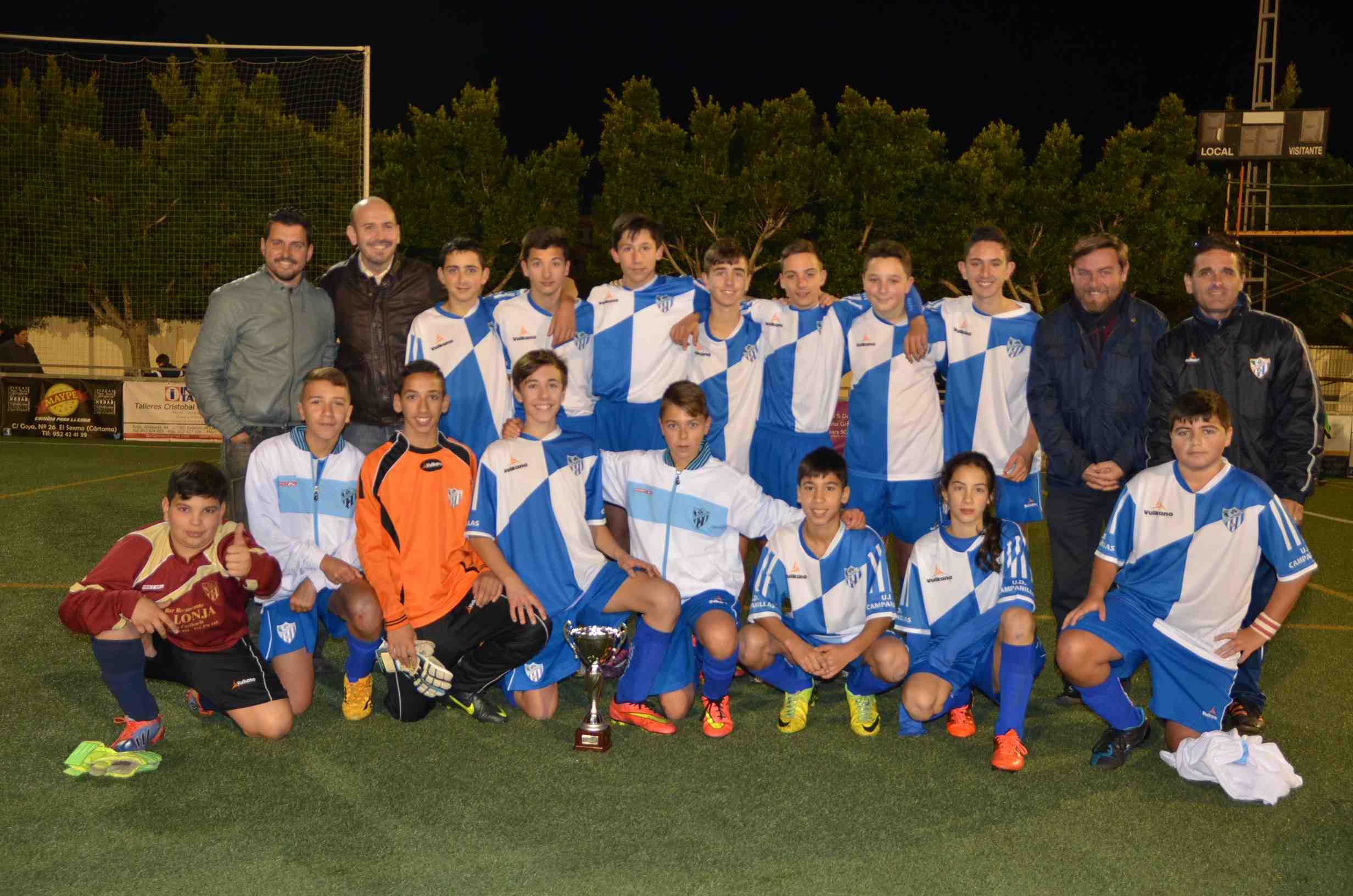 El campo de fútbol Antonio J. Mayo Cañamero acoge el Trofeo de Reyes