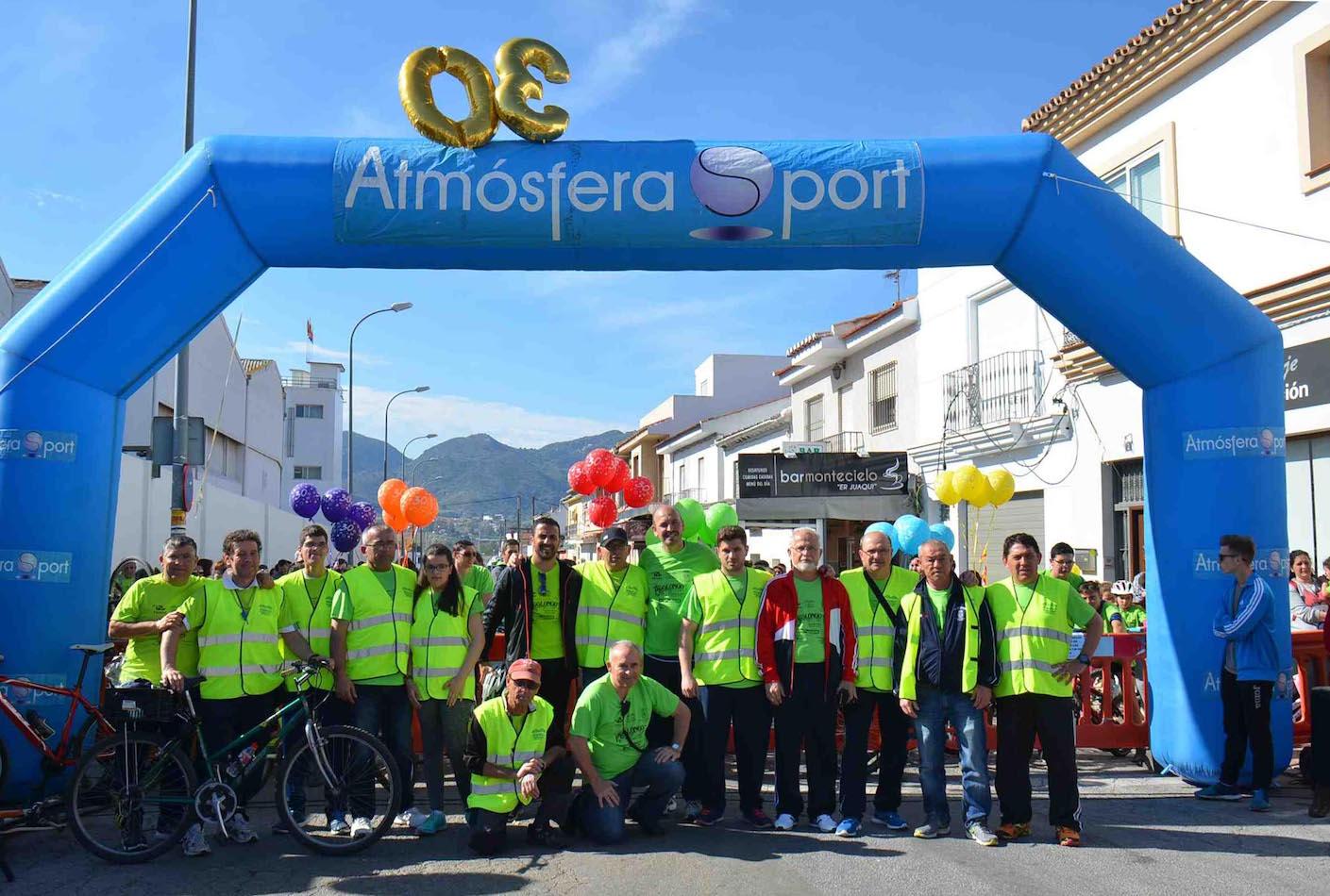 Cerca de dos mil personas celebran en la Estación las treinta ediciones de la Jornada del Pedal